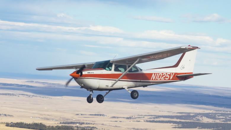 N1025V - $180/h wet